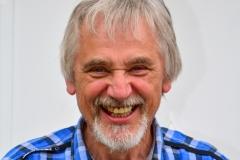 In Memoriam Guido Leenders